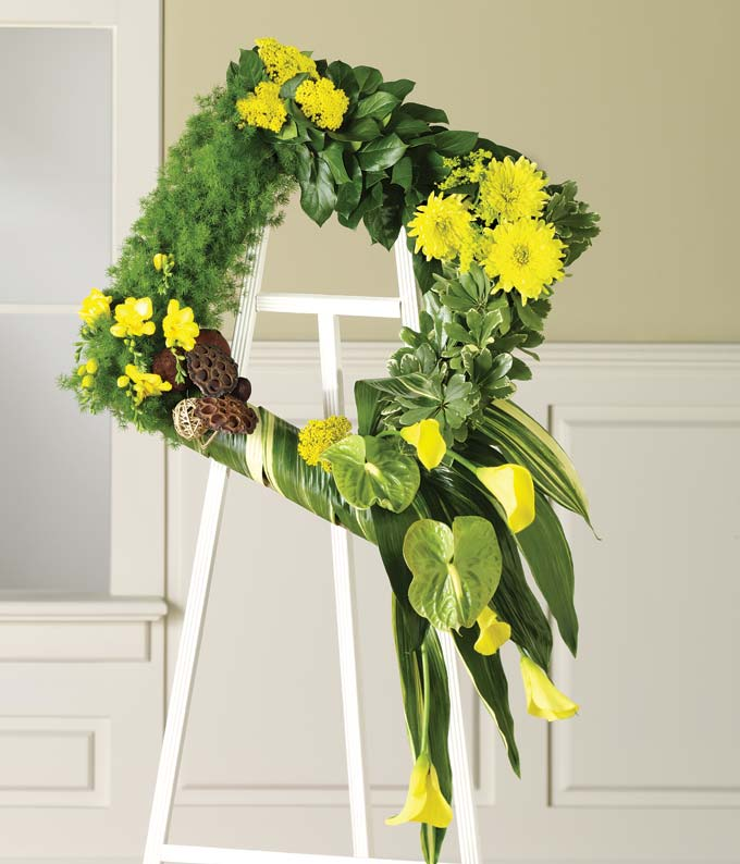 Green & yellow flower square standing wreath