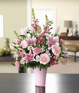 Lovely Pink Rose & Lily Bouquet