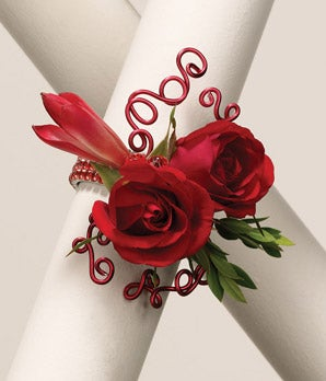 Roses 'n Wires Wrist Corsage