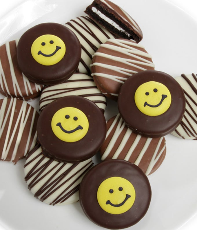 Smile! Chocolate Covered OREO Cookies - 12 Pieces