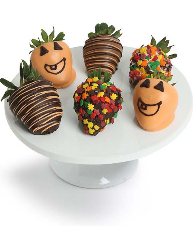 Halloween Chocolate Covered Strawberries - 6 Pieces