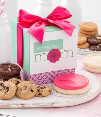 Mrs. Fields� Mother's Day Bites Box