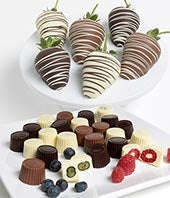 Chocolate Covered Strawberries and Raspberries - 18 Pieces