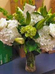 customer photo of white flowers sent to Dallas