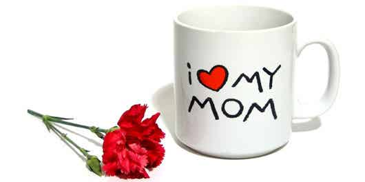 I love mom mug with single red carnation
