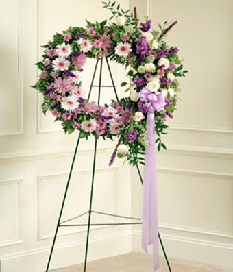 Lavender & White Standing Wreath