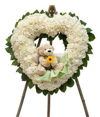 Hearts Open Wreath with Bear
