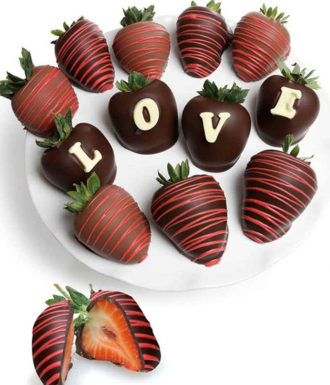 love chocolate covered strawberry - Christmas Chocolate Covered Strawberries