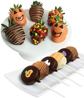 halloween decorate chocolate dipped Oreo and strawberries