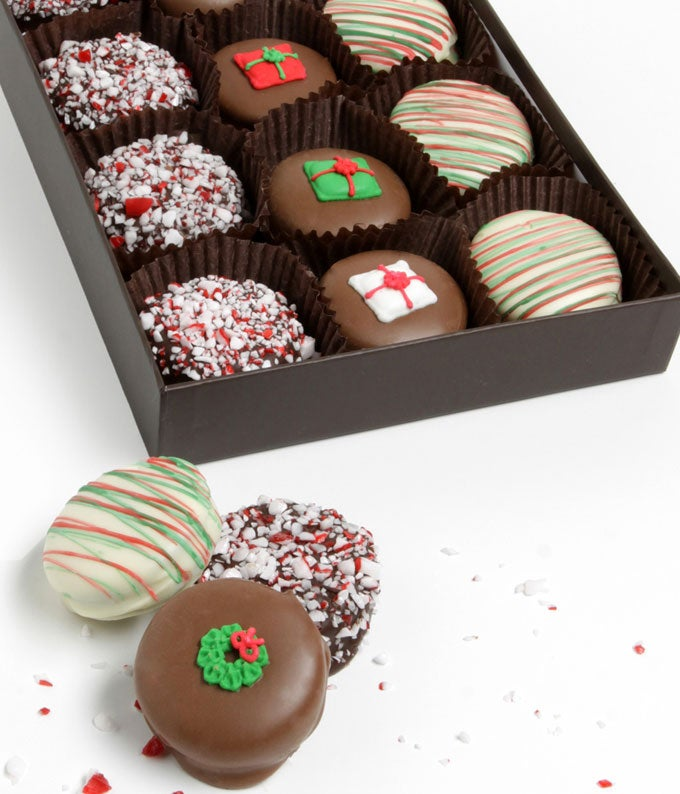 Peppermint Christmas Chocolate Covered Oreos