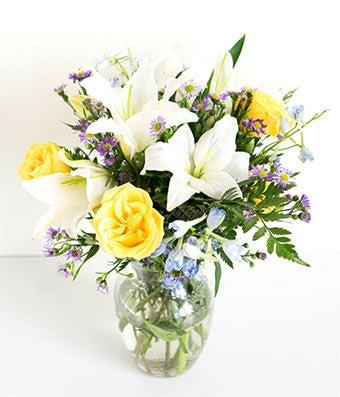 Bluetiful Sunshine Bouquet