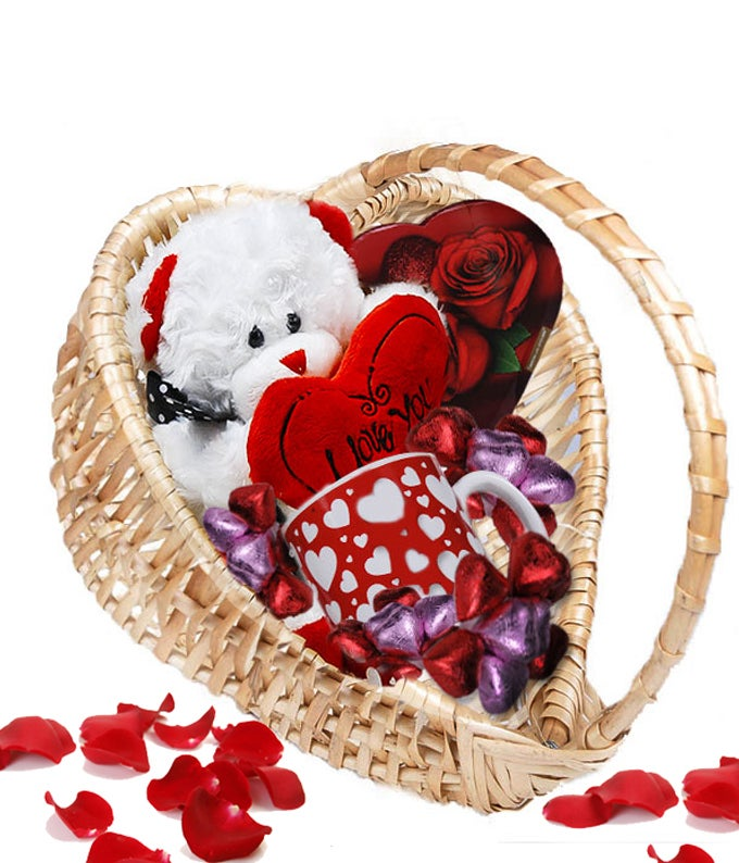 Valentines Bear Basket ...