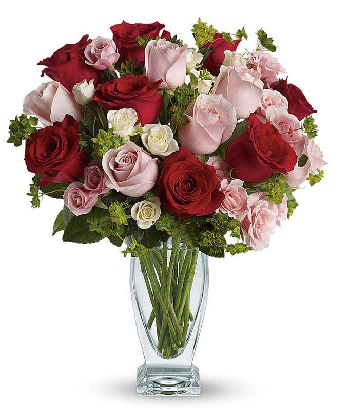 Romantic red roses, pink roses and spray roses