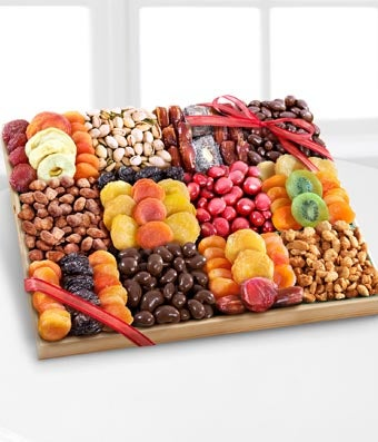 The Best Holiday Dried Fruit, Nuts & Sweets Tray - Regular