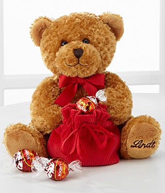 Lindt Loveable Bear with Truffles - Good