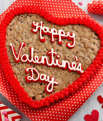 Mrs. Fields� Happy Valentine's Day Heart Shaped Cookie Cake