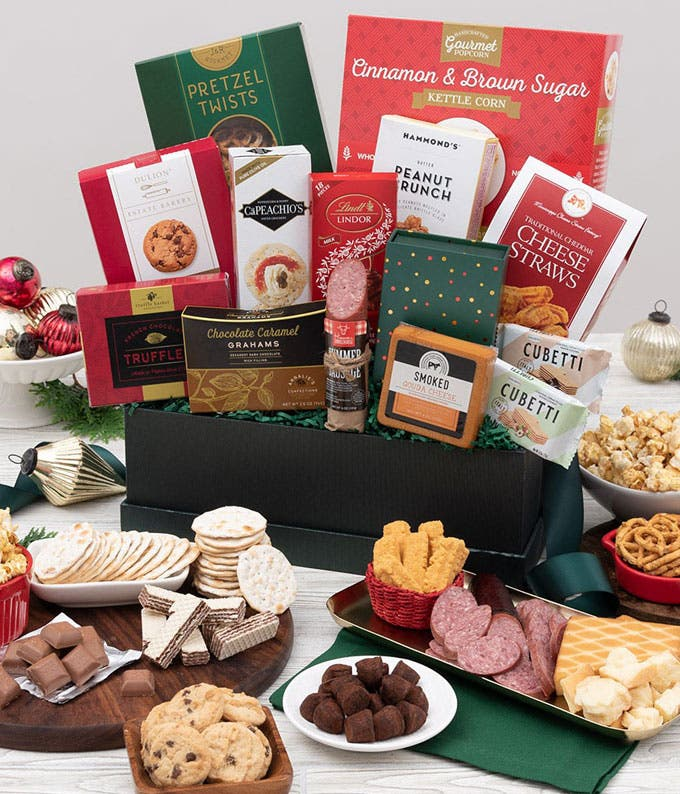 Deluxe Christmas Delights Basket