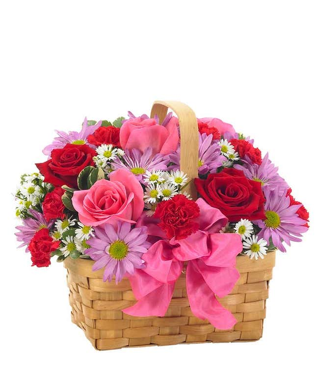 Valentine basket with red roses and pink roses