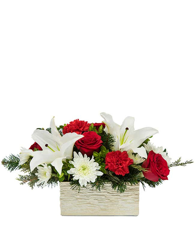 Lovely and Lush Holiday Bouquet