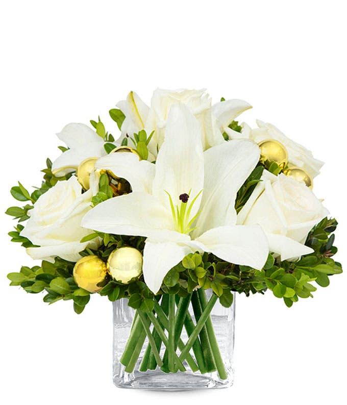 Gold Christmas flower bouquet