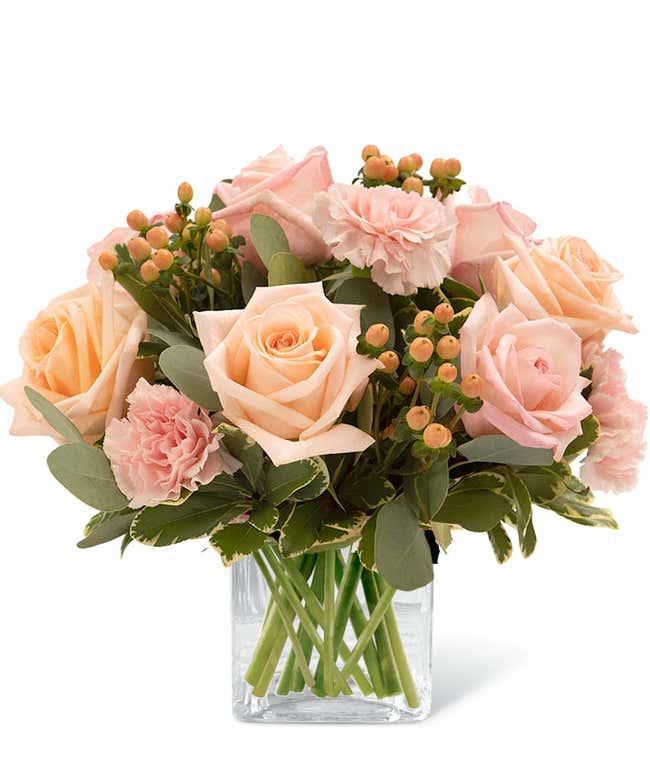 Sweet Peachy Cream Bouquet