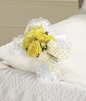 Yellow Rose & Alstroemeria Pillow Cross