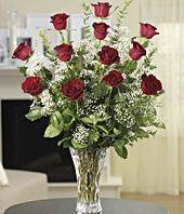 Classic Dozen Rose...