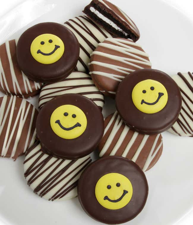 Smile chocolate covered Oreos