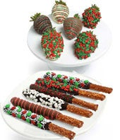 Christmas Chocolate Covered Strawberries & Pretzals