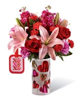 XOXO Bouquet by Hallmark