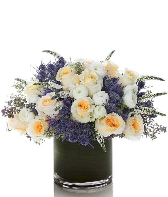 Rose and Ranunculus Romance