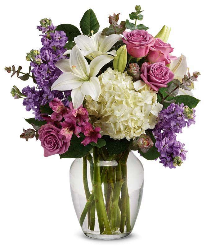 Stunning romantic flower arrangement
