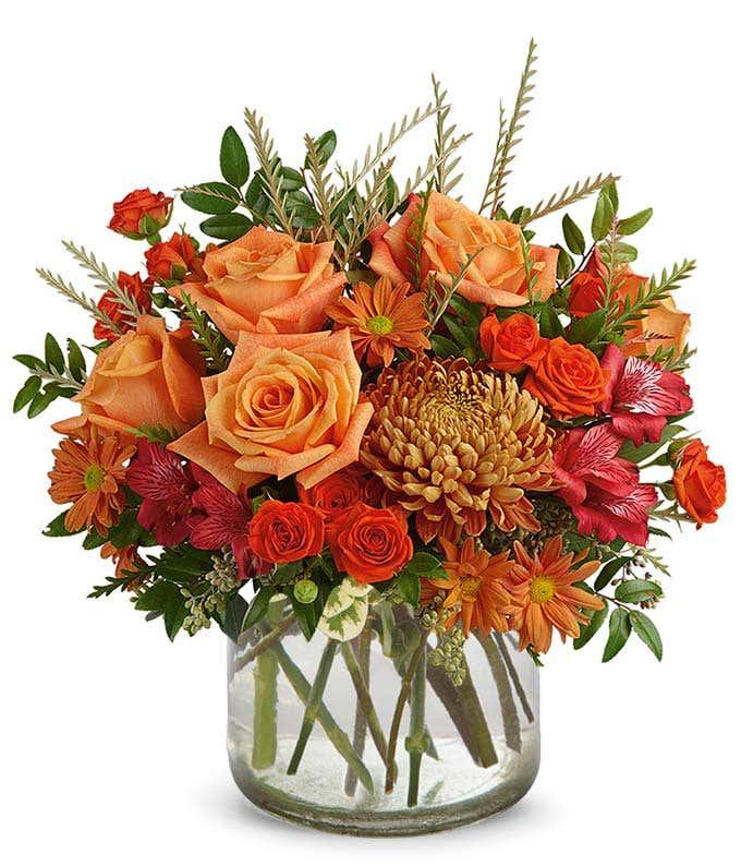 Modern vase with a luxury Autumn bouquet